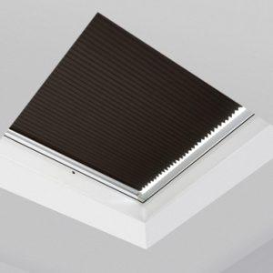 Rulouri interioare Fakro APF/D ferestre acoperis terasa