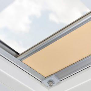 Rulouri interioare fereastre acoperis terasa ARF/D 1